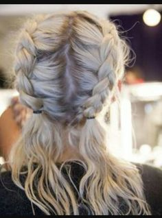 Braids are an easy and so pleasant way to forget about hair styling for months, give your hair some Messy Hairstyles, Pretty Hairstyles, Summer Hairstyles, Hairstyle Ideas, Hairstyles 2018, Festival Hairstyles, Wedding Hairstyles, Softball Hairstyles, Hairstyle Tutorials