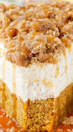 This Caramel Pumpkin Spice Blondie Streusel Cheesecake recipe is the perfect Fall dessert! Made with a pumpkin blondie on the bottom & spiced cheesecake. Pumpkin Recipes, Fall Recipes, Holiday Recipes, Pumpkin Dishes, Caramel Recipes, Coffee Recipes, Fall Desserts, Just Desserts, Cheesecake Recipes