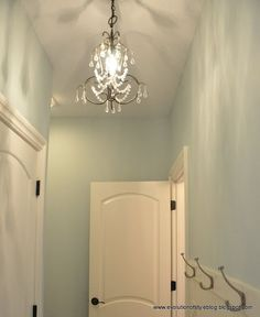 My absolute favorite paint color! Sea Salt by Sherwin Williams ❤ So fresh and clean.