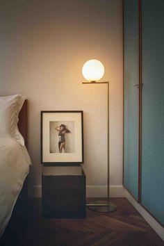 Lampadaire IC Light design Michael Anastassiades pour Flos