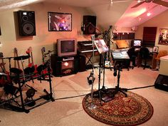 Another home recording studio. Would love to get one of these built at home.