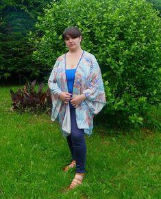 Cuillère, aiguille et scie sauteuse: Kimono d'été facile à coudre Diy Vetement, Mode Chic, Kimono Top, Turquoise, Tops, Women, Crochet, Fashion, Dressmaking