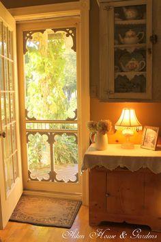 Aiken House & Gardens: Golden Days of Autumn