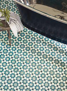 tiles Patterns New Kitchen Tiles Ideas Floor Fired Earth 41 Ideas Kitchen Floor Tile Patterns, Bathroom Floor Tiles, Wall And Floor Tiles, Downstairs Bathroom, Kitchen Tiles, New Kitchen, Family Bathroom, Bathroom Ideas, Bathroom Mural