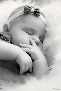 Sleeping Baby in bw ✿⊱╮