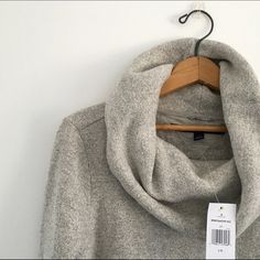 Cozy Sweater NWT Tommy Hilfiger Sweaters