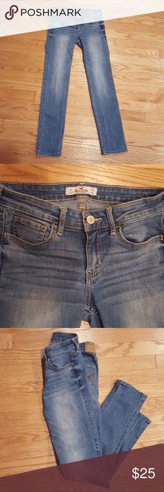 Hollister jeans New hollister jeans. Short size Hollister Jeans