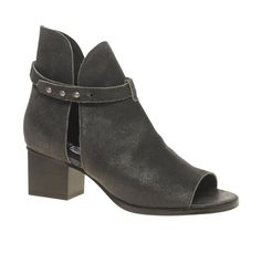 lust-have: cheap monday sandals