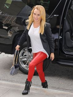 Hayden Panettiere rocked a pair of moto-chic black ankle boots and red leather skinnies while out and about in New York City.