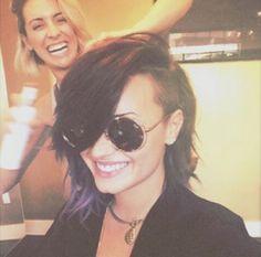 Demi Lovato's New Haircut Is FIERCE in All Caps