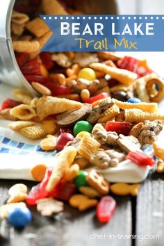 Bear Lake Trail Mix Bear Lake Trail Mix from chef-in-. The perfect snack for any road trip, vacation or snack food craving! The perfect mix of everything delicious! Trail Mix Recipes, Snack Mix Recipes, Appetizer Recipes, Dessert Recipes, Snack Mixes, Appetizers Kids, Diet Desserts, Kid Recipes, Summer Recipes