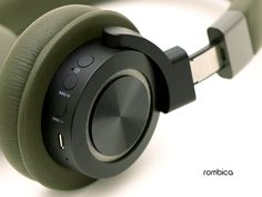 Best Headphones, Bluetooth Headphones, Creative Earphones, Rules For Kids, Sound Design, Docking Station, Audiophile, Speakers, Industrial Design