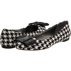 Houndstooth flats so cute