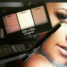 Contouring And Highlighting, Pencil Eyeliner, Makeup, Make Up, Beauty Makeup, Bronzer Makeup, Makeup Contouring