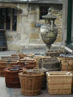 basket collection in courtyard and/or possible marketplace?