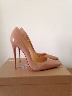 CHRISTIAN LOUBOUTIN SO KATE NUDE PATENT SHOES HEELS PUMPS IT 38 UK 5