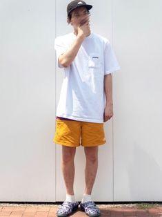 夏っぽ☀️ ■KEEN YOGUI ARTS■ えらいかわえーなこれ🥰 そしてめちゃ楽!これで仕 Bermuda Shorts, How To Wear, Women, Fashion, Moda, Fashion Styles, Fashion Illustrations, Fashion Models
