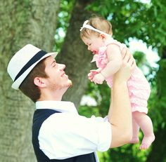Daddy and baby father and child girl vintage photo shoot session ideas outside 60's