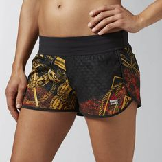 Reebok CrossFit Ass To Ankle Joe King Graphic Short ($60) ❤ liked on Polyvore featuring activewear, activewear shorts, apparel, reebok sportswear, reebok and reebok activewear