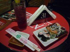 Um sushi vai bem na balada.