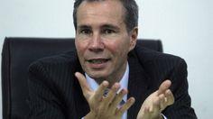 <p>A un año y 9 meses de la llamativa muerte del fiscal Alberto Nisman -justo antes de presentar una investigación que involucraba seriamente a la expresidenta Cristina Kirchner-, la justicia no ha logrado esclarecer las causas de su fallecimiento.<br /></p><p>(Fotos de La Nación/AP/AFP/EFE)</p>