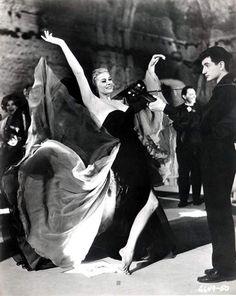 Anita Ekberg, La Dolce Vita, 1960  Costume design by Piero Gherardi  Debra-Paget