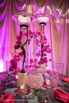 Beautiful centerpiece! Get your four complimentary tickets to one of our Luxury Bridal Events at www.bridalexpotickets.com