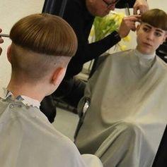 Shot Hair Styles, Long Hair Styles, Short Styles, Shaved Nape, Super Short Hair, Great Haircuts, Bowl Cut, Page Boy, Cute Little Girls