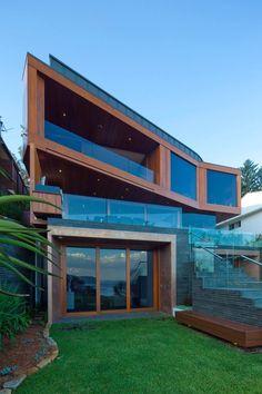 + Arquitetura :   Projeto desenvolvido pela Turner, localizado em Bilgola (Australia).