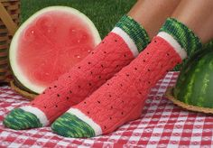 Ravelry user Wendy Gaal created a pattern for these surprisingly realistic-looking watermelon slice socks.