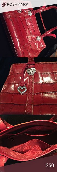 Beautiful Brighton purse! Lovely gently used purse!  See matching wallet in my closet.  Bundle and save! Brighton Bags Shoulder Bags