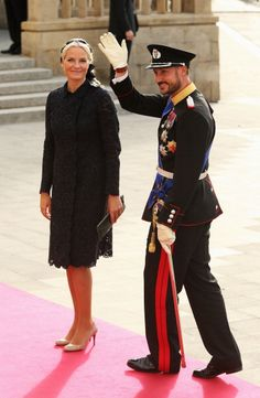 Crown Prince Haakon of Norway and Princess Mette Marit of Norway attend the wedding ceremony of Prince Guillaume Of Luxembourg and Princess Stephanie of Luxembourg at the Cathedral of our Lady of Luxembourg on October 20, 2012 (Photo by Sean Gallup/Getty Images)