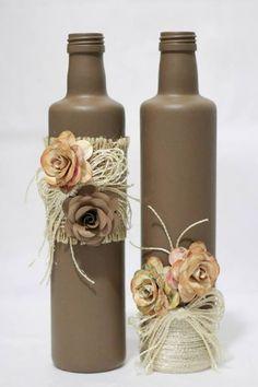 Decorative Wine Bottle By Themintdeco Glass Bottle Crafts, Wine Bottle Art, Painted Wine Bottles, Diy Bottle, Bottles And Jars, Glass Bottles, Crafts With Bottles, Decorated Wine Bottles, Beer Bottle