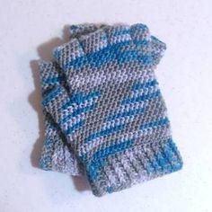 crochet fingerless gloves pattern free - Google Search