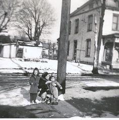 My Mother's Family History: Wordless Wednesday - The Girls in The Old Neighborhood