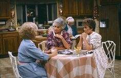 "7 Things We Loved About ""The Golden Girls"" House  - HouseBeautiful.com"