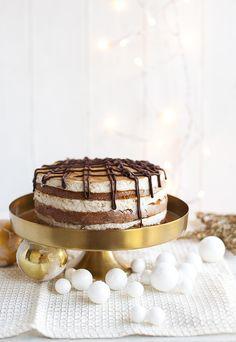 Coffee-cinnamon xmas cake Christmas Ideas, Xmas, Cake Factory, Tiramisu, Cinnamon, Coffee, Ethnic Recipes, Desserts, Blog