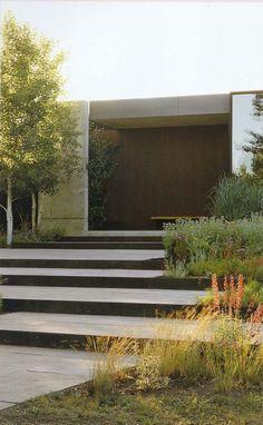 aménagement extérieur du jardin sur pente