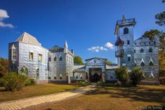 Solomon's Castle in Ona, Florida is a one-of-a-kind place fit for a king...or queen.