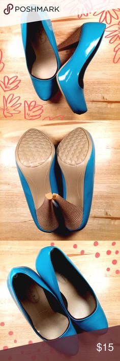 🌸 Gabriella Rocha Teal Heels 🌸 These are such a great style for work or play! Patent real color with a slight platform built in. Wood colored heel. Never worn! Gabriella Rocha Shoes Heels