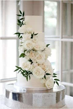 Floral Wedding Cakes 4 tier wedding cake cascading white florals greenery - wedding cake inspiration {A Bride's BFF} - Black Wedding Cakes, Wedding Cakes With Flowers, Beautiful Wedding Cakes, Perfect Wedding, Dream Wedding, Floral Wedding Cakes, 4 Tier Wedding Cakes, Wedding Dessert Tables, Wedding Cake White