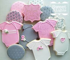 Cute and elegant sugar cookies requested for a baby shower! Flower Sugar Cookies, Iced Sugar Cookies, Sugar Cookie Frosting, Royal Icing Cookies, Baby Girl Cookies, Onesie Cookies, Baby Shower Cookies, Galletas Cookies, Cute Cookies