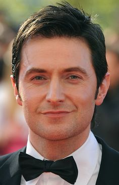 Richard Armitage US what this man does to you should be x rated! Richard Armitage, The Almighty Johnsons, Actors Then And Now, Vicar Of Dibley, Berlin Station, John Thornton, King Richard, Thorin Oakenshield, Luke Evans