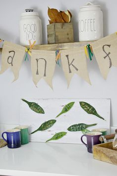 Thanksgiving wall art tutorial is an adorable addition to any holiday decor! Thanksgiving Crafts For Kids, Thanksgiving Decorations, Fall Crafts, Halloween Crafts, Holiday Fun, Holiday Decor, Seasonal Decor, Holiday Ideas, Creative Party Ideas
