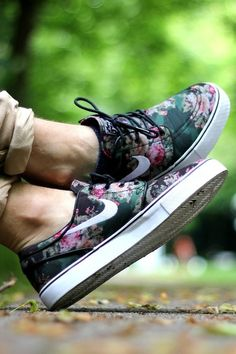 Janoski Floral #sneakers