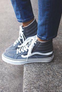Vans Womens Sk8-Hi Top Sneaker Womens Converse High Tops acf32128a