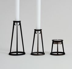 Minimum candleholders made using additive manufacturing techniques by Othr. Designed by Sebastian Bergne Simple Lines, Light In The Dark, 3d Printing, Candle Holders, Candles, Black And White, Scandinavian, Interiors, Design