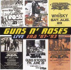 """L'album dei Guns N' Roses intitolato """"Live era 1987-93"""" su doppio CD."""