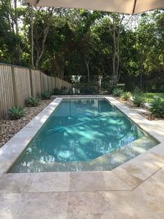 Having a pool sounds awesome especially if you are working with the best backyard pool landscaping ideas there is. How you design a proper backyard with a pool matters. Small Indoor Pool, Small Inground Pool, Small Swimming Pools, Small Pools, Small Backyard Landscaping, Swimming Pools Backyard, Swimming Pool Designs, Outdoor Pool, Indoor Pools