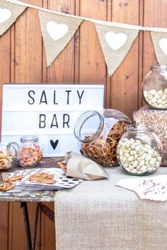 Voll im Trend: Eine Salty Bar als herzhafte Alternative zur Candy Bar bei der Ho. Trendy: a salty bar as a hearty alternative to the candy bar at the wedding. You can find tips and inspiration here: www. Wedding Candy, Diy Wedding, Rustic Wedding, Wedding Reception, Budget Wedding, Wedding Tips, Sweet Table Wedding, Sweet Tables, Wedding Week